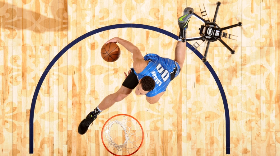 aaron-gordon-drone-dunk