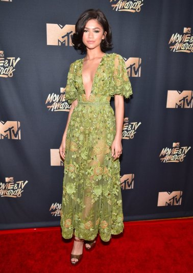 Zendaya-Zuhair-Murad-Dress-2017-MTV-Movie-Awards